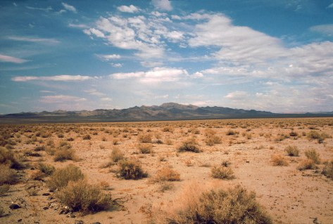 Death_Valley,19820816,Desert,incoming_near_Shoshones