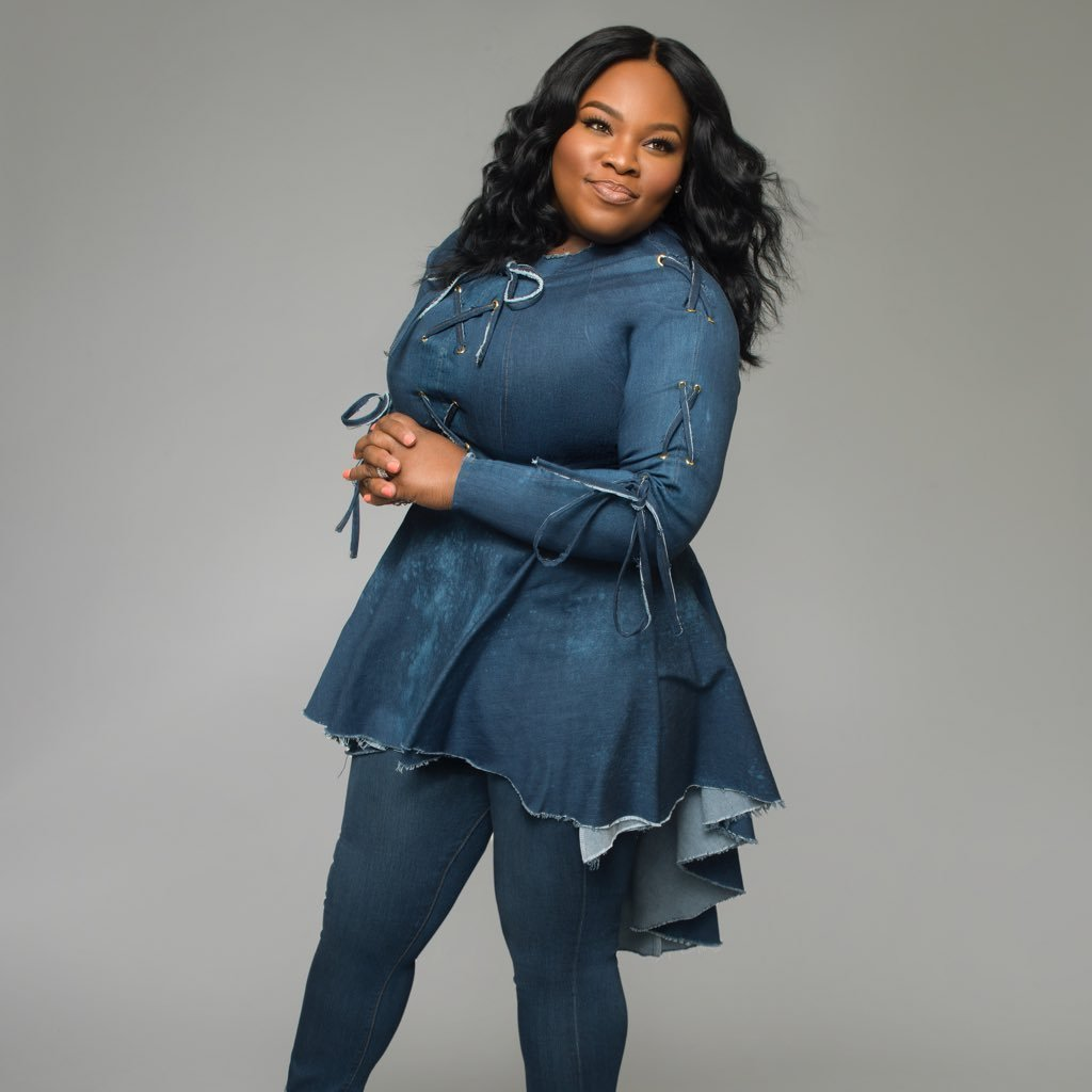 Music Monday: Gracefully Broken, by Tasha Cobbs Leonard
